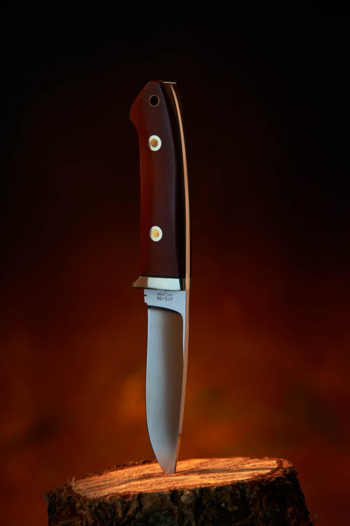 Product style shot of a hunting knife