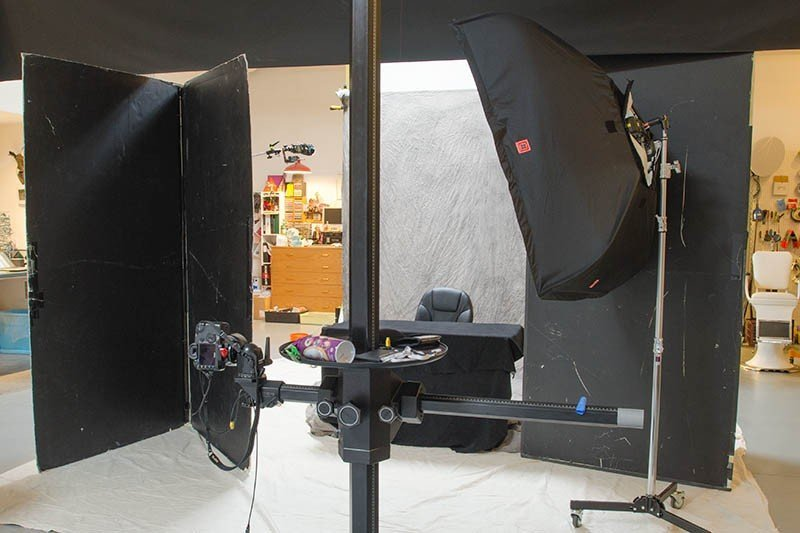FourSquare 48″ using an Elinchrom Head compared to Speedlights